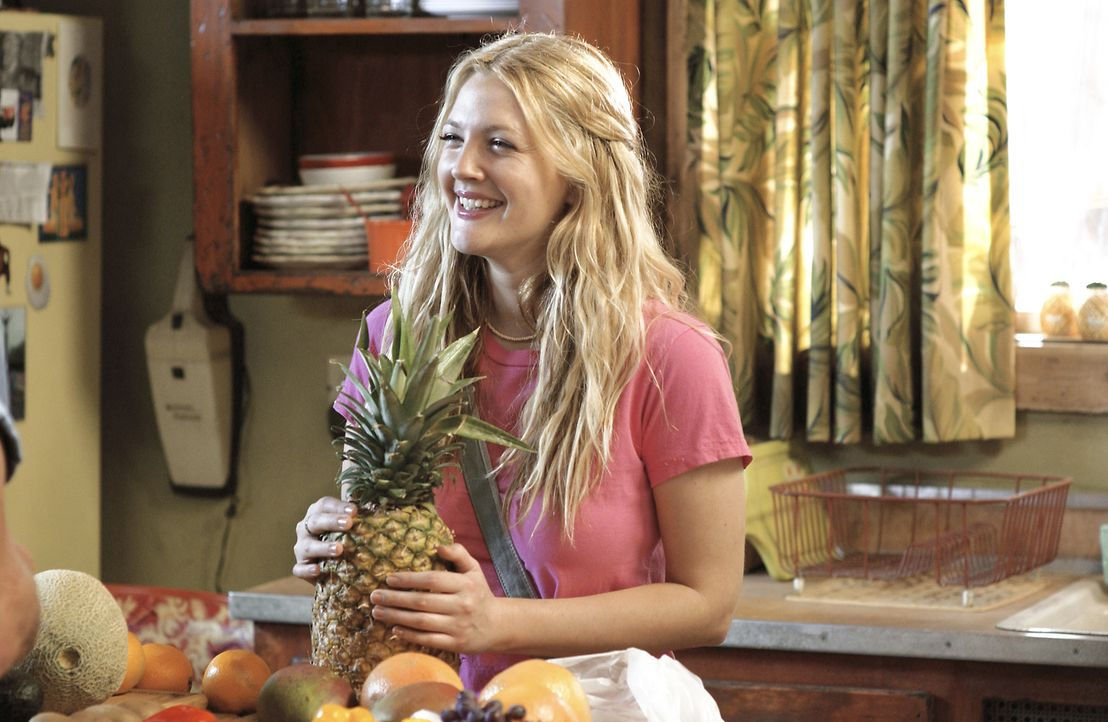 Lernt Henry jeden Tag neu kennen: Lucy (Drew Barrymore) ... - Bildquelle: Sony Pictures Television International. All Rights Reserved.
