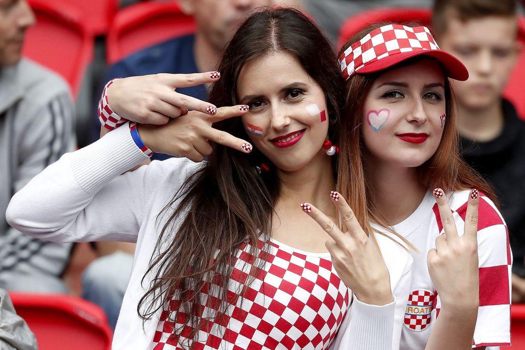 Kroatien_Maedels - Bildquelle: picture alliance / dpa / Ian Langsdon