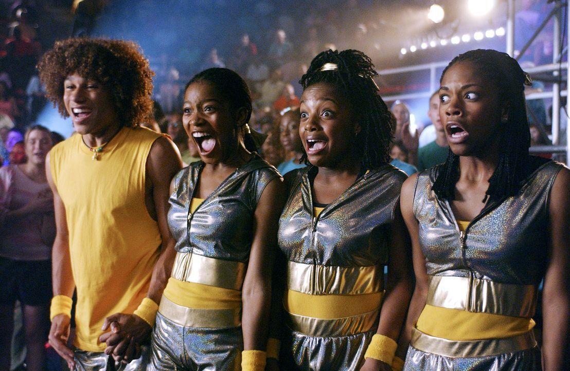 Können ihren Erfolg kaum glauben: (v.l.n.r.) Izzy (Corbin Bleu), Mary (Keke Palmer), Laivan (Keisha Ray) und Shanica (Shauna Keaton) ... - Bildquelle: Buena Vista International Television