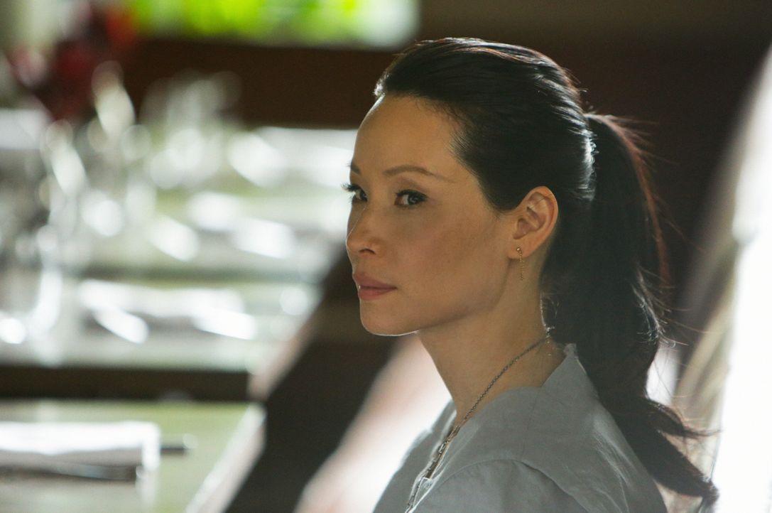Joan (Lucy Liu) ist verwirrt und weiß nicht, was sie von Mycrofts Antrag halten soll, obwohl sie ihn mag ... - Bildquelle: CBS Television