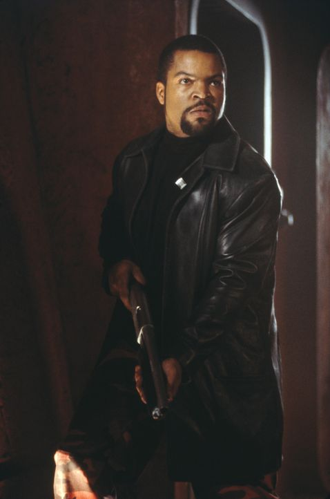 "Eines Tages soll der gefährlichste Verbrecher des Planeten, James ""Desolation"" Williams (Ice Cube), in die Mars-Hauptstadt Chryse gebracht werden,... - Bildquelle: 2003 Sony Pictures Television International. All Rights Reserved."