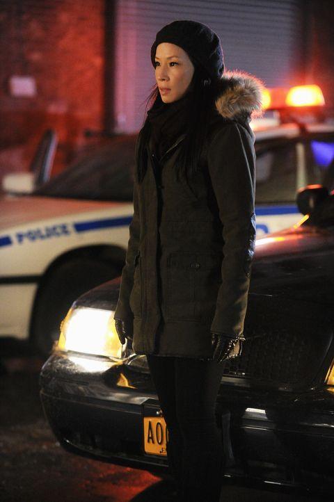 Steht Sherlock Holmes bei: Joan Watson (Lucy Liu) ... - Bildquelle: CBS Television