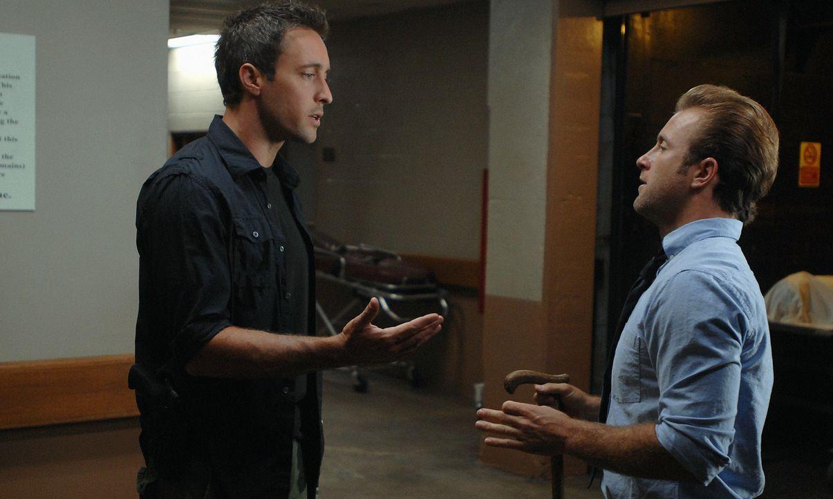 Ermitteln in einem neuen Fall: Danny (Scott Caan, r.) und Steve (Alex O'Loughlin, l.) ... - Bildquelle: TM &   2010 CBS Studios Inc. All Rights Reserved.