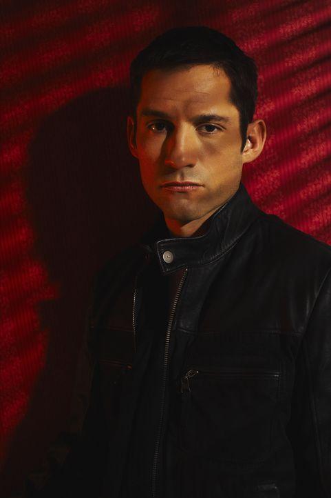 (7. Staffel) - FBI-Agent Danny Taylor (Enrique Murciano) konzentriert seine ganze Kraft in die Suche der Vermissten ... - Bildquelle: Warner Bros. Entertainment Inc.