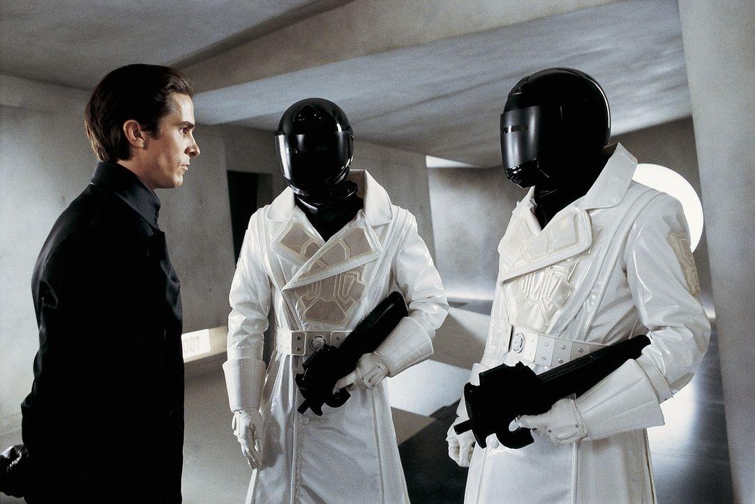 Im Visier gnadenloser und gefühlskalter Jäger: John (Christian Bale, l.) ... - Bildquelle: Dimension Films