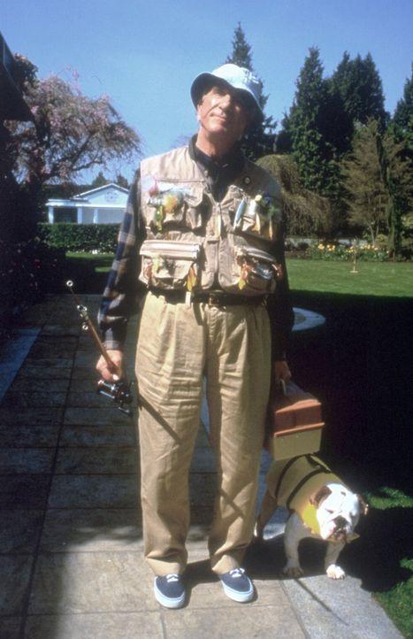 Der harmlose Millionär Mr. Magoo (Leslie Nielsen) hat nicht nur das Problem, fast blind zu sein und keine Brille tragen zu wollen, sondern auch Ver... - Bildquelle: Walt Disney Pictures