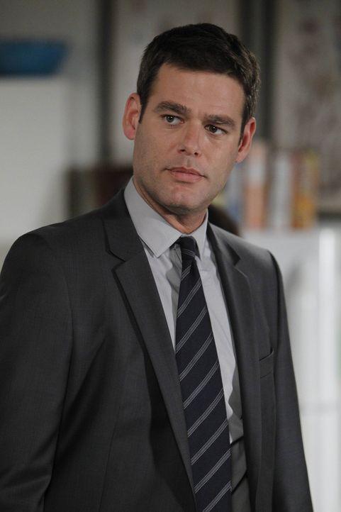 In einem Mordfall, sieht sich das CBI-Team gezwungen, mit FBI Agent Gabe Mancini (Ivan Sergei) und seinen Kollegen zusammenzuarbeiten ... - Bildquelle: Warner Bros. Television
