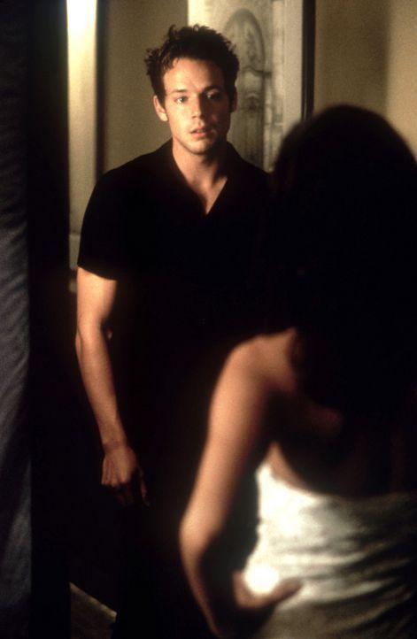Patrick (Nathan Wetherington) lässt nichts unversucht, um Alison ins Bett zu bekommen. So ist er sich auch nicht zu schade, ihr eine Liebeserkläru... - Bildquelle: Copyright    2004 Cruel III Productions, LLC. All Rights Reserved.