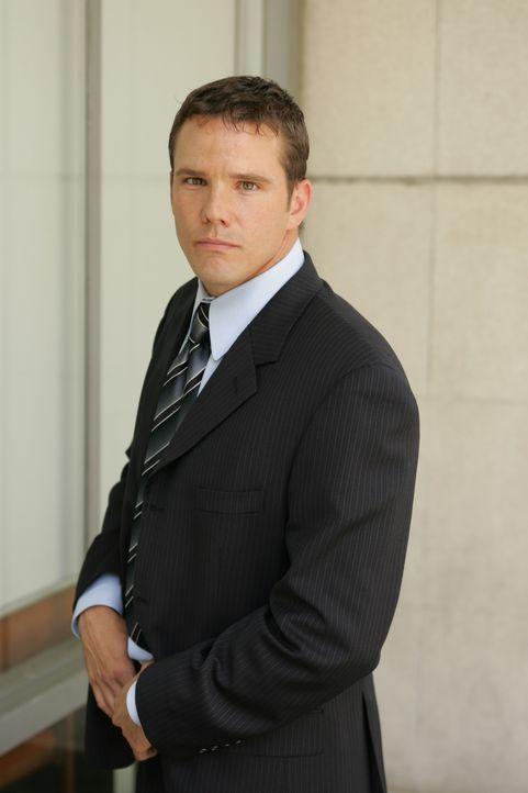 (2. Staffel) - Der neue Agent Colby Granger (Dylan Bruno) hat kürzlich seinen weit reichenden Militärdienst beendete und ist nun in Dons Team tätig... - Bildquelle: Paramount Network Television
