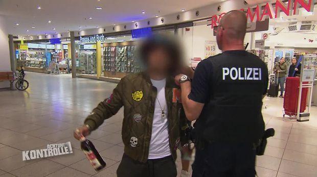 Achtung Kontrolle - Achtung Kontrolle! - Thema U.a.: Gepäck Ohne Besitzer? - Bundespolzei Halle