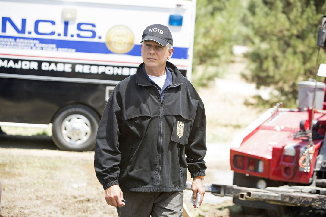Macht sich Sorgen um Abby, die nach dem Bombenanschlag von Albträumen geplagt wird: Gibbs (Mark Harmon) ... - Bildquelle: CBS Television