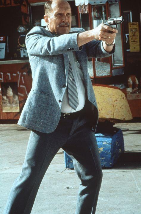 Ausgerechnet am letzten Tag vor seiner Pensionierung muss sich Cop Prendergast (Robert Duvall) einem Wahnsinnigen stellen ... - Bildquelle: Warner Bros. GmbH