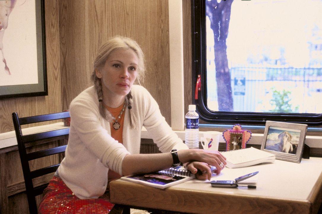 Eines Tages erhält die Schauspielerin Francesca (Julia Roberts), die ihr mangelndes Talent mit Starallüren zu überdecken versucht, das Angebot, e... - Bildquelle: Miramax