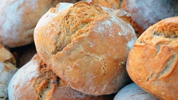 frisch gebackenes und selbstgemachtes Brot