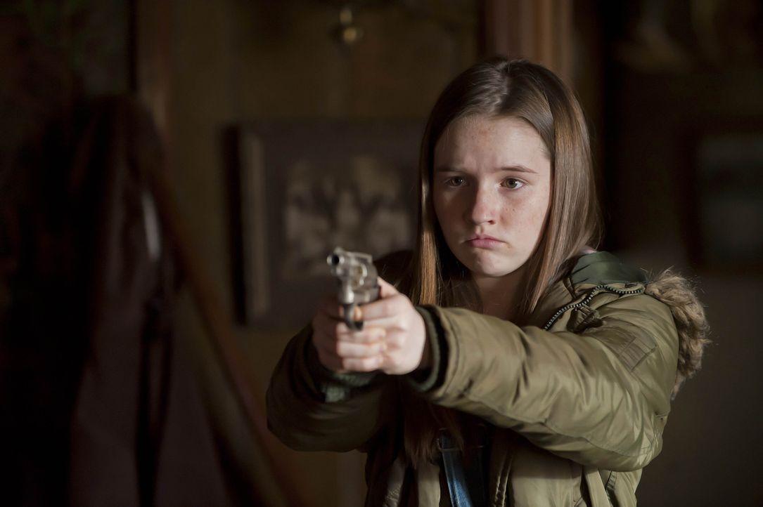 Loretta (Kaitlyn Dever) will nur eines: den Tod ihres Vaters rächen ...
