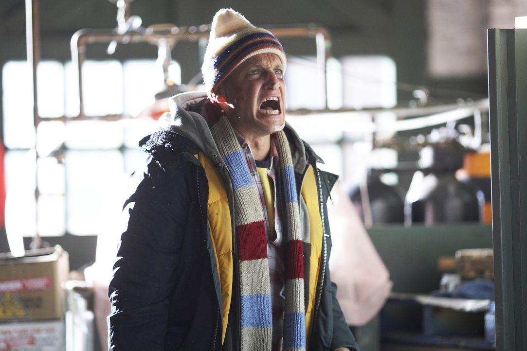 Als kleiner Junge wurde Arthur Poppington ((Woody Harrelson) von seiner drogensüchtigen Mutter verlassen. Sein Opa erzählte ihm, dass die Industriek... - Bildquelle: 2009 Darius Films Inc. All Rights Reserved.