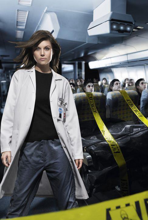 Die Leiterin der Seuchenkontrolle, Kayla Martin (Tiffani Thiessen), befürchtet zunächst einen neuen Fall der Vogelgrippe. Doch dann kommt ihr ein... - Bildquelle: Die Gouverneurin von Kalifornien (Faye Dunaway) versucht alles, um die Epidemie aufzuhalten ...