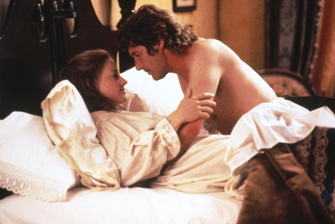 Laurel (Jodie Foster, l.) ist überzeugt, dass nicht Jack Sommersby (Richard Gere, r.) zu ihr heimgekehrt ist, da sie ihn mehr liebt, als sie ihren... - Bildquelle: Warner Bros.