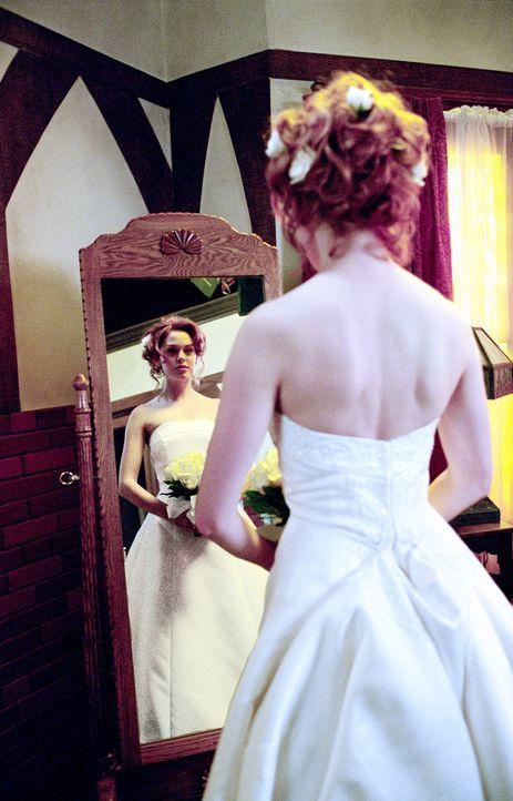 Versucht alles um ihren Ex Freund Glenn für sich allein zu haben: Paige (Rose McGowan) - Bildquelle: Paramount International Television