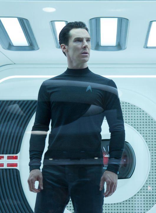 """John Harrison """"Khan"""" (Benedict Cumberbatch) verfolgt einen dunklen Plan: Er hat eine alte Rechnung zu begleichen und dafür ist ihm jedes Mittel rech... - Bildquelle: Zade Rosenthal 2013 Paramount Pictures.  All Rights Reserved. / Zade Rosenthal"""