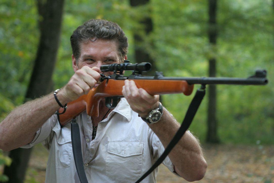 Der skrupellose Hammett (David Hasselhoff) auf der Jagd nach der Riesenanakonda ... - Bildquelle: 2008 Worldwide SPE Acquisitions Inc. All Rights Reserved.