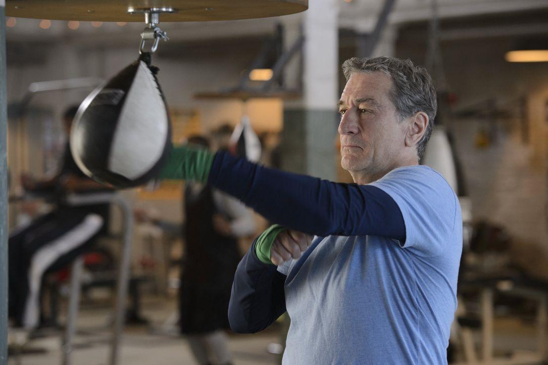 """Nach 30 Jahren will Ex-Boxer Billy """"The Kid"""" McDonnen (Robert De Niro) seinen früheren Erzrivalen Henry """"Razor"""" Sharp endlich schlagen. Denn der hat... - Bildquelle: 2013 Warner Brothers"""