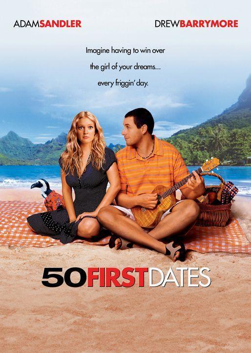 Henry Roth (Adam Sandler, r.) lebt als Zoo-Tierarzt auf Hawaii und genießt das unbeschwerte Schürzenjäger-Dasein in vollen Zügen - bis er sich unste... - Bildquelle: Sony Pictures Television International. All Rights Reserved.