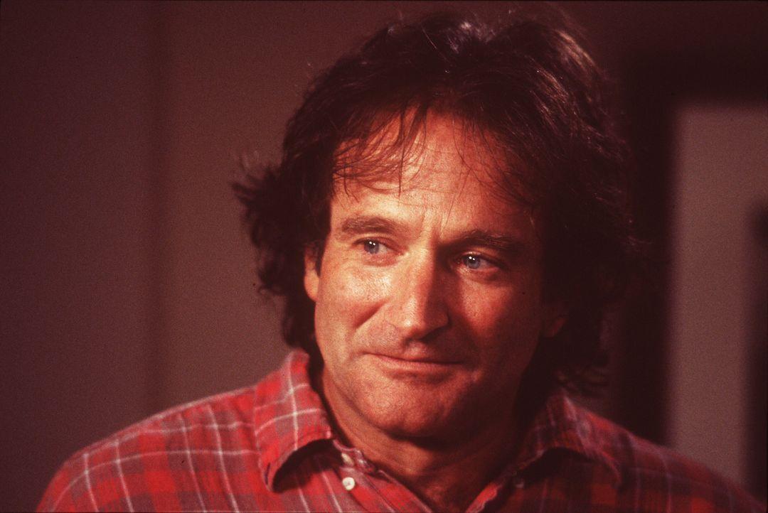 Mehr als einmal hat Dale Putley (Robin Williams) bereits versucht, sich das Leben zu nehmen. Als er erfährt, dass er einen 16-jährigen Sohn hat, b... - Bildquelle: Warner Bros. Television