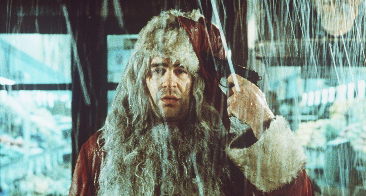 Was bleibt einem, wenn man über Nacht Job, Haus, Vermögen und Verlobte verloren hat? Der erfolgsverwöhnte Jungmanager Louis Winthorpe III (Dan Ay... - Bildquelle: Paramount Pictures