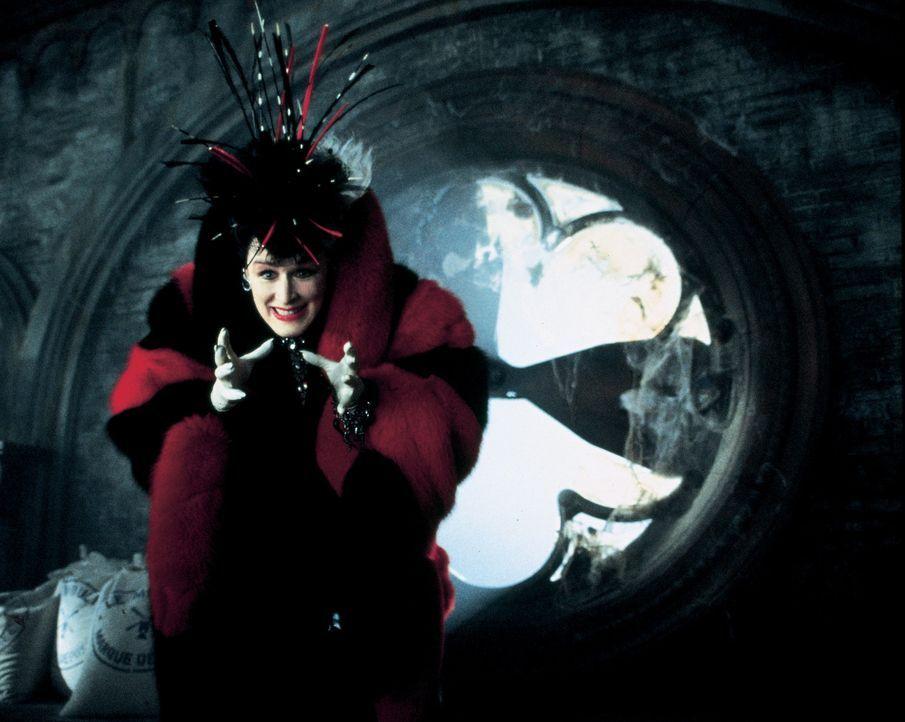 Geht natürlich schon bald wieder auf Pelzjagd: Cruella de Vil (Glenn Close) ... - Bildquelle: Walt Disney Pictures