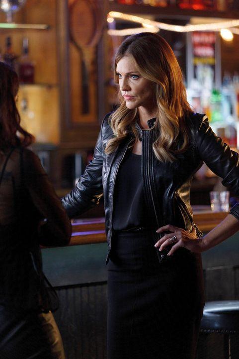 Lucifer kann nicht glauben, dass der Kuss mit Chloe wirklich auf wahren Gefühlen beruht. Schließlich vermutet er sogar, dass Charlotte (Tricia Helfe... - Bildquelle: 2016 Warner Brothers