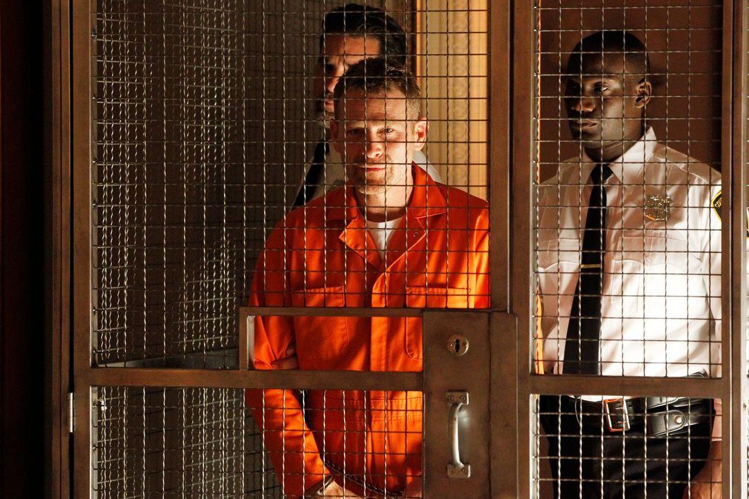 Nachdem er im Gefängnis einen Mithäftling getötet hat, muss sich  Hal Lockwood (Max Martini) erneut vor Gericht verantworten ... - Bildquelle: ABC Studios