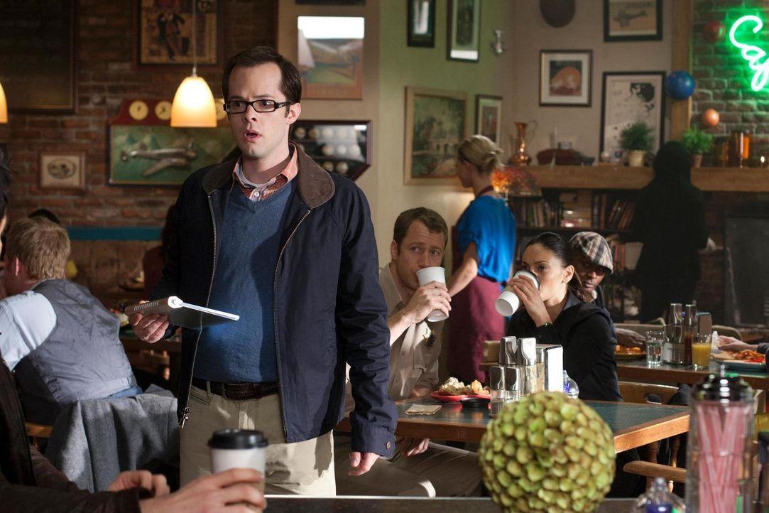 Ist schockiert von dem, was er sieht: Fargo (Neil Grayston) ... - Bildquelle: Universal Television