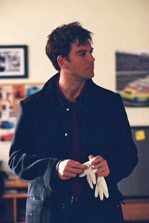Tony (Michael Weatherly) versucht gemeinsam mit Gibbs und den anderen einen äußerst verzwickten Fall zu lösen ... - Bildquelle: CBS Television