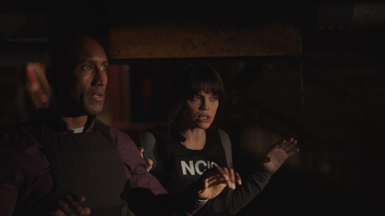 Dave Strand (Quentin Earl Darrington, l.); Tammy Gregorio (Vanessa Ferlito, r.) - Bildquelle: 2021 CBS Broadcasting Inc. All Rights Reserved.