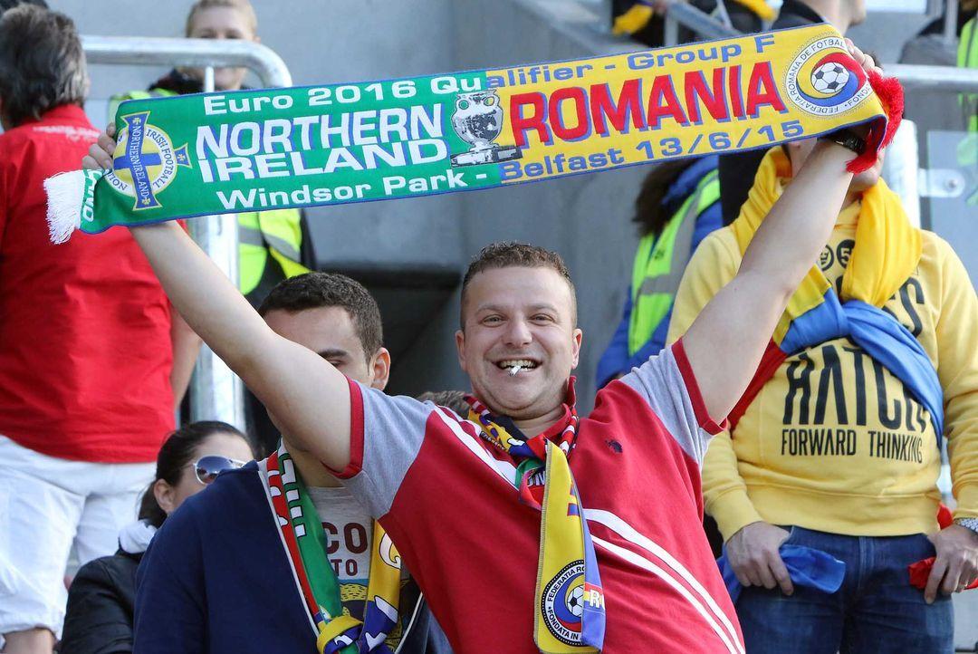 Fußball-Fan-Romania-150613-AFP - Bildquelle: AFP