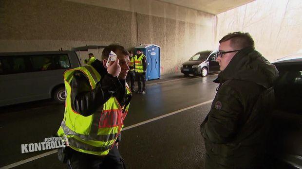 Achtung Kontrolle - Achtung Kontrolle! - Thema U.a.: Polizei Goslar Ist Auf Der Suche Nach Schmuggelware Und Drogen