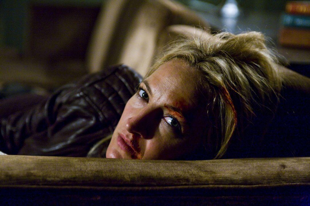 Nachdem die Profikillerin Eve (Zoe Bell) dem eigenen Tod sehr nahe gekommen ist, kann sie in ihren alten Job nicht mehr ausüben. Skrupel setzen ihr... - Bildquelle: 2009 Colton Productions, Inc. All Rights Reserved.