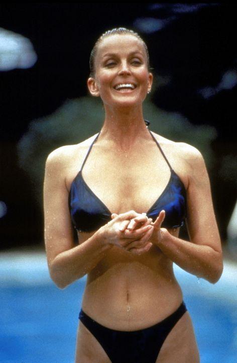 Beverly (Bo Derek) ist Zentimeter für Zentimeter eine Sünde wert - leider zahlt Big Tom Callahan für seinen zweiten Frühling an der Seite der ju... - Bildquelle: Paramount Pictures