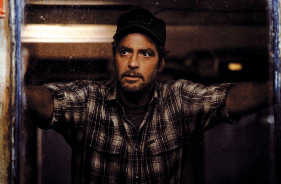 Getrieben von zuletzt sehr unbefriedigenden Fangergebnissen, hofft der erfahrenen Captain Billy Tyne (George Clooney) auf einen letzten großen Fang,... - Bildquelle: Warner Bros. Pictures