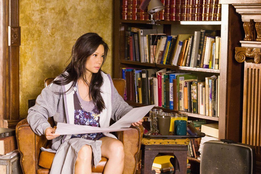 Meldet sich bei einem Online-Dating-Service an: Joan Watson (Lucy Liu) ... - Bildquelle: CBS Television