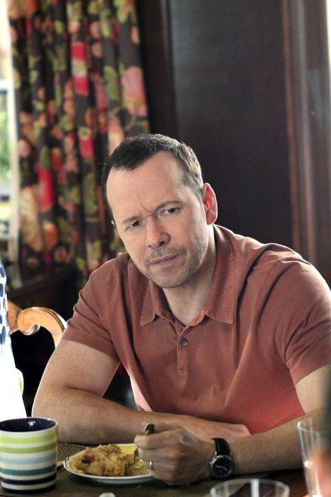 Danny (Donnie Wahlberg) wird von einer alten Schulfreundin um Hilfe gebeten. Die Angelegenheit  wird brisant, als plötzlich die Möglichkeit besteht,... - Bildquelle: 2013 CBS Broadcasting Inc. All Rights Reserved.