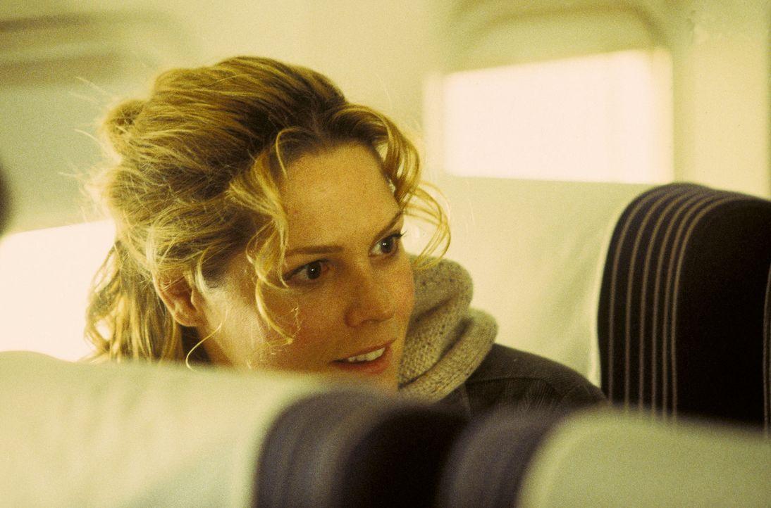 Linda (Mary McCormack) trägt sich mit dem Gedanken, nach Tucson zu fliegen, um dort eine ihr völlig fremde Internetbekanntschaft zu treffen ... - Bildquelle: Miramax