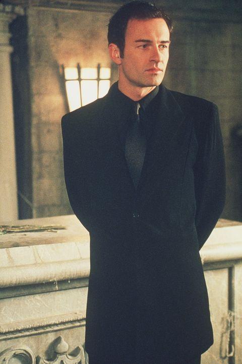 Cole (Julian McMahon) spioniert undercover die Machenschaften einer dämonischen Bruderschaft aus. Entgegen Phoebes Warnung verfolgt er seine Strateg... - Bildquelle: Paramount Pictures