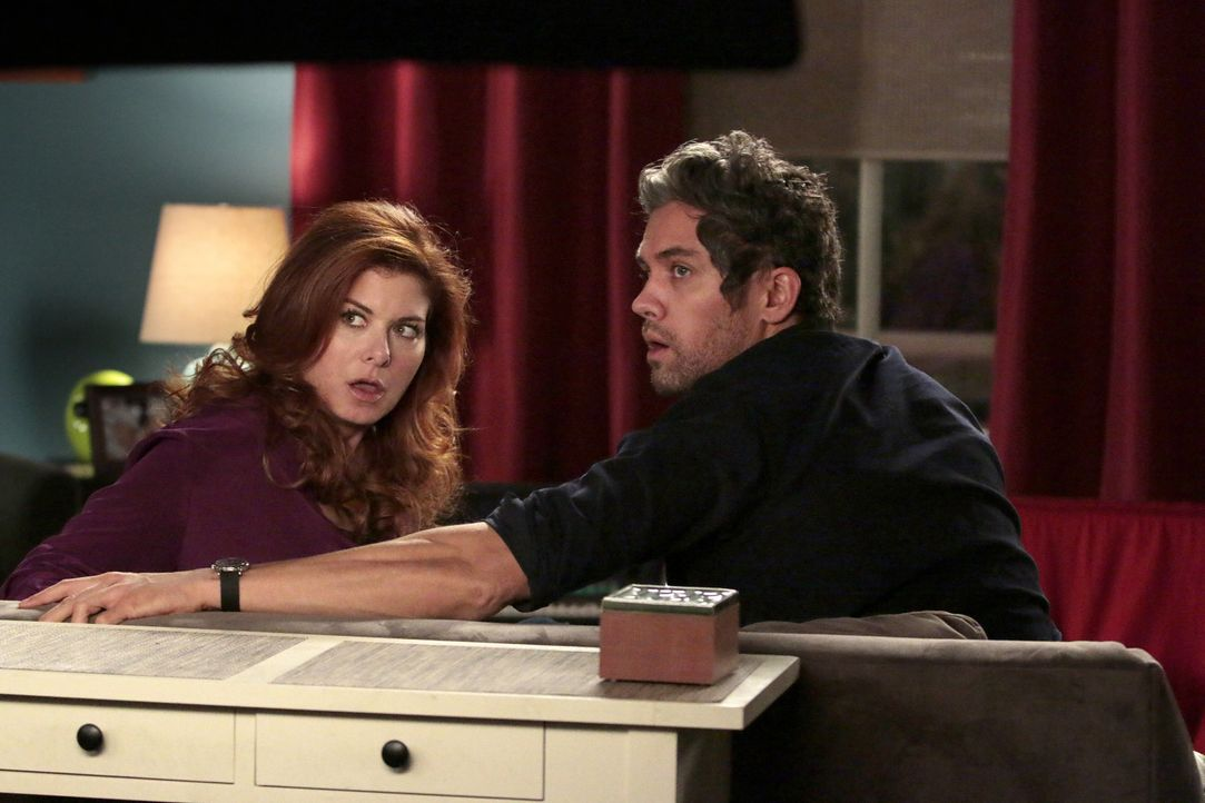 Was ist mit Laura (Debra Messing, l.) und Tony (Neal Bledsoe, r.) nur los? - Bildquelle: Warner Bros. Entertainment, Inc.