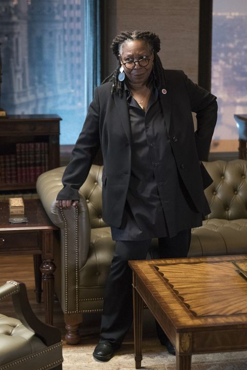 Regina (Whoopi Goldberg) - Bildquelle: David M. Russell 2017 CBS Broadcasting Inc. All Rights Reserved. / David M. Russell