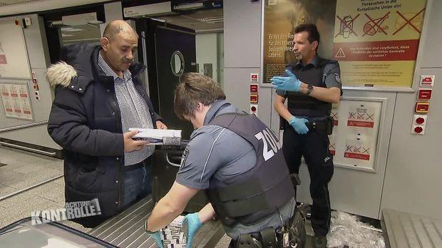 Achtung Kontrolle - Achtung Kontrolle! - Thema U.a.: Unbeabsichtigten Zigarettenschmuggel Erwischt - Flughafenzoll Frankfurt