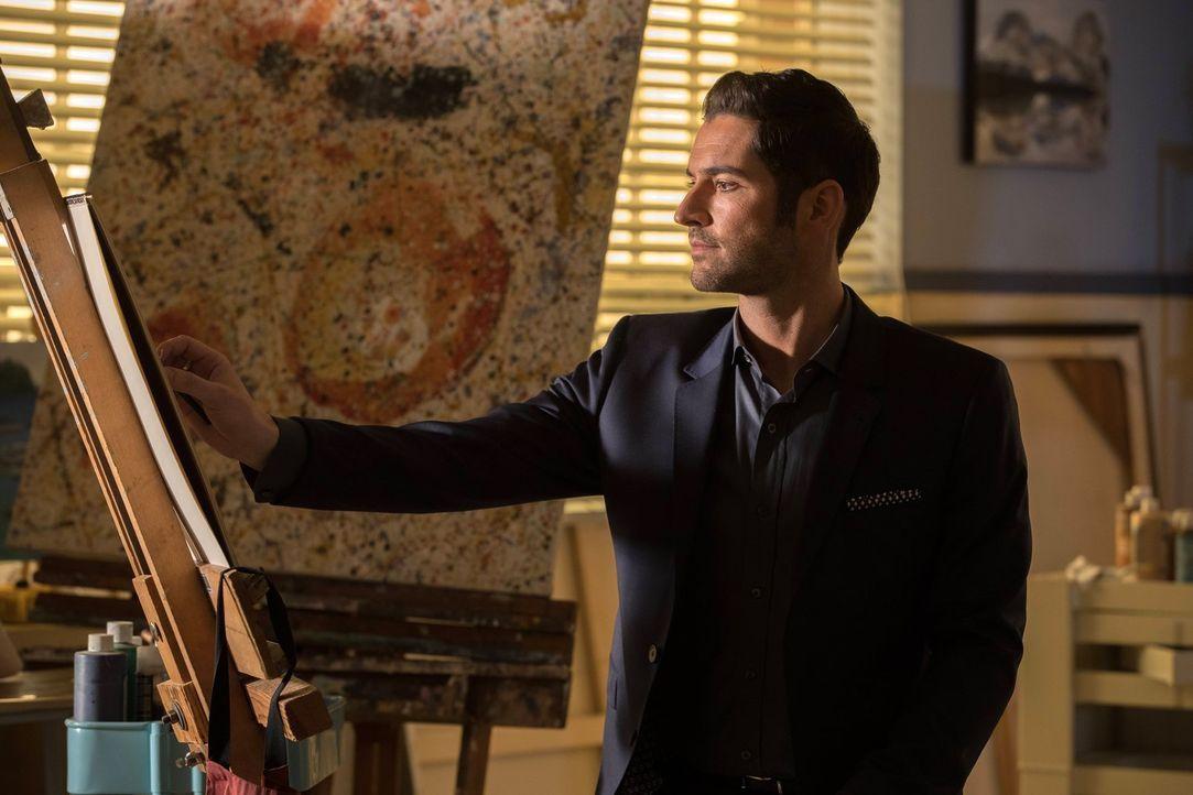 Noch ahnt Lucifer (Tom Ellis) nicht, welch erstaunliche Entdeckung er bei ihrem neuen Fall machen wird ... - Bildquelle: 2016 Warner Brothers