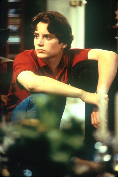 Eher zufällig entdeckt der 14-jährige Schüler Leo Biederman (Elijah Wood) einen auf die Erde zurasenden Kometen, der bei einem Aufprall die gesamte... - Bildquelle: TM+  1998 DreamWorks L.L.C. and Paramount Pictures All Rights Reserved