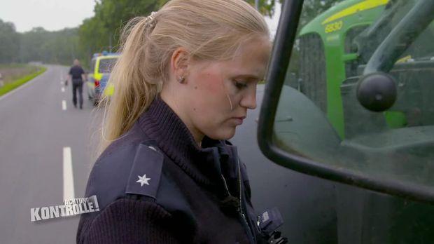 Achtung Kontrolle - Achtung Kontrolle! - Thema U.a.: Landwirtschaftskontrolle An Der Niederländischen Grenze - Polizei Emlichheim